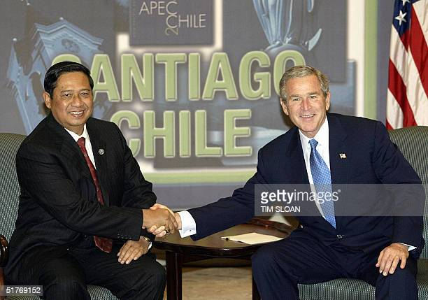 President George W. Bush and Indonesian President Susilo Bambang Yudhoyono participate in a bilateral meeting before the opening session of the...