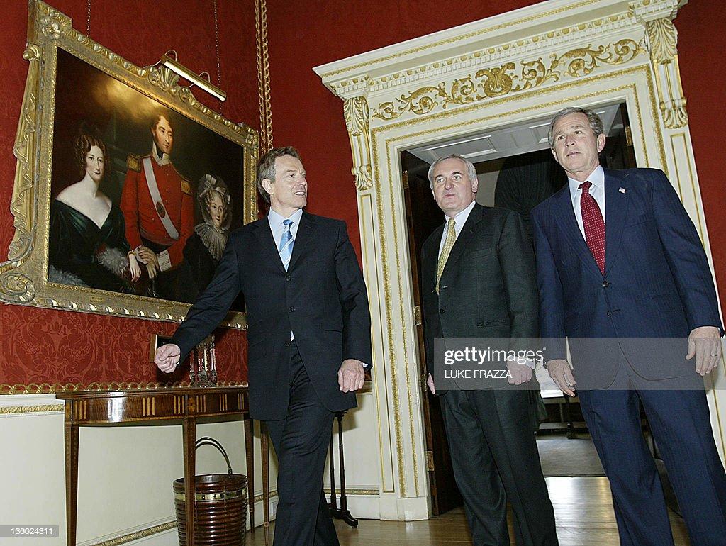 US President George W. Bush (R), British : News Photo