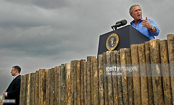 President George W. Bush makes remarks on his Healthy Forests Initiative after a helicopter tour of the Deschutes National Forest fire 21 August,...