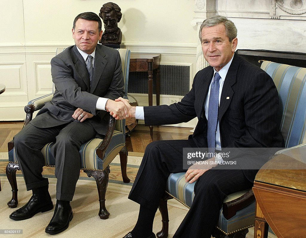 bush oval office. US President George W. Bush (R) Meets With Jordan\u0027s King Abdullah In The Oval Office
