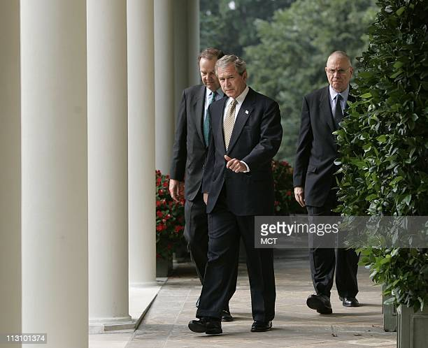 WASHINGTON DC President George W Bush prepares to receive the 9/11 Commission final report from 9/11 Commission Chairman Thomas H Kean and Vice...