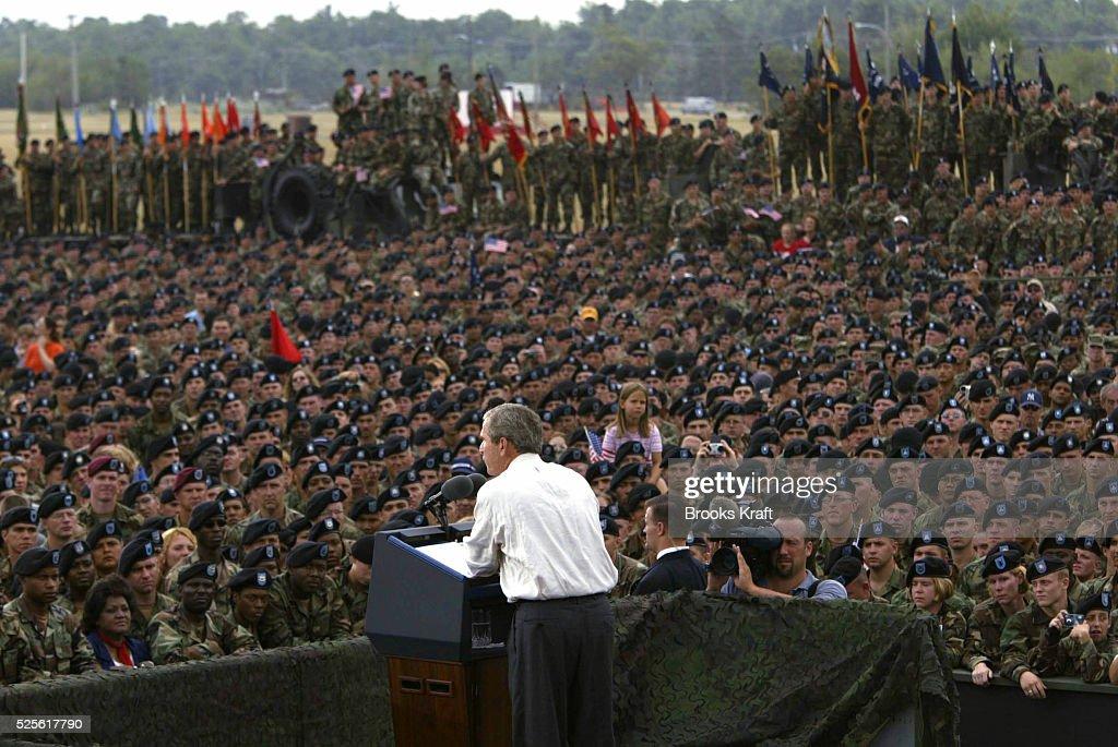 George W. Bush Speaks to Fort Drum Soldiers : News Photo