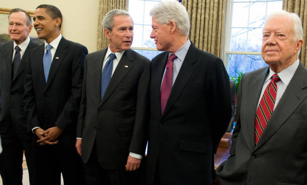 Bush Hosts Obama, Former Presidents At White House ...