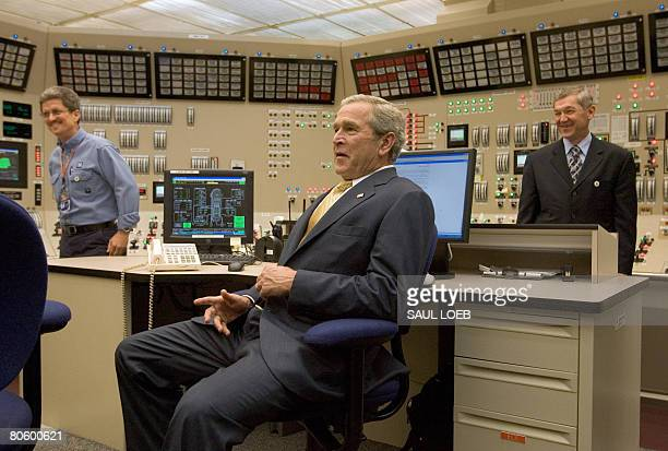 US President George W Bush takes a seat during a tour of the control room at Browns Ferry Nuclear Plant in Athens Alabama 21 June 2007 The SITE...