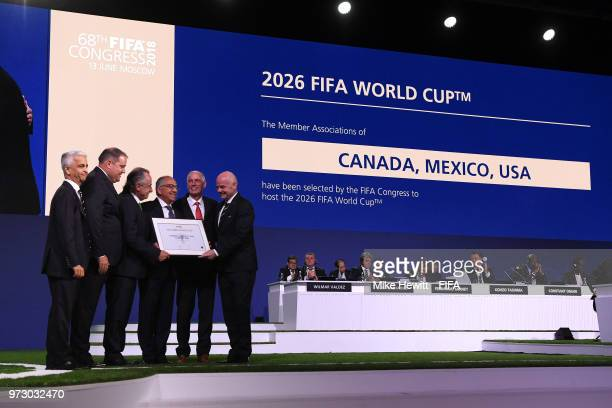 FIFA president Gianni Infantino poses with the United 2026 bid officials LeftRight Sunil Gulati president of the United States Soccer Federation...