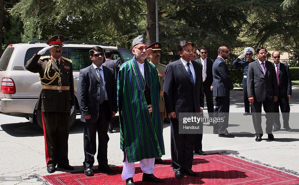 Karzai Hosts Peace Jirga In Kabul
