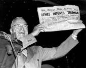 President harry truman holds up a copy of the chicago daily tribune picture id143128720?s=170x170