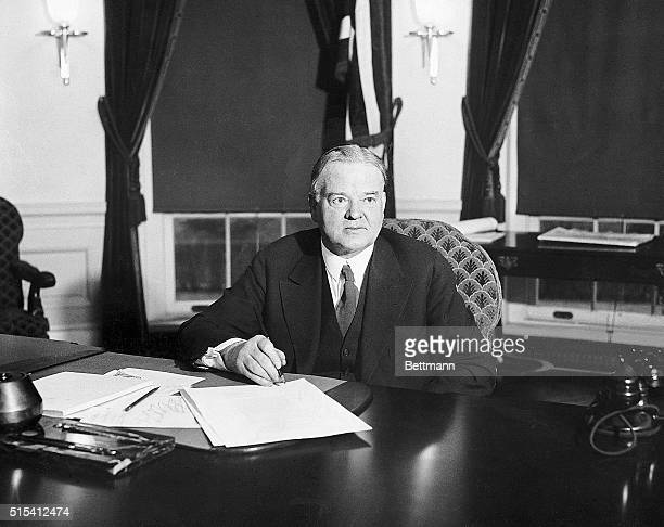 President Herbert Hoover will for the fourth time this year proclaims a day of Thanksgiving He will follow the custom which has been in existence...