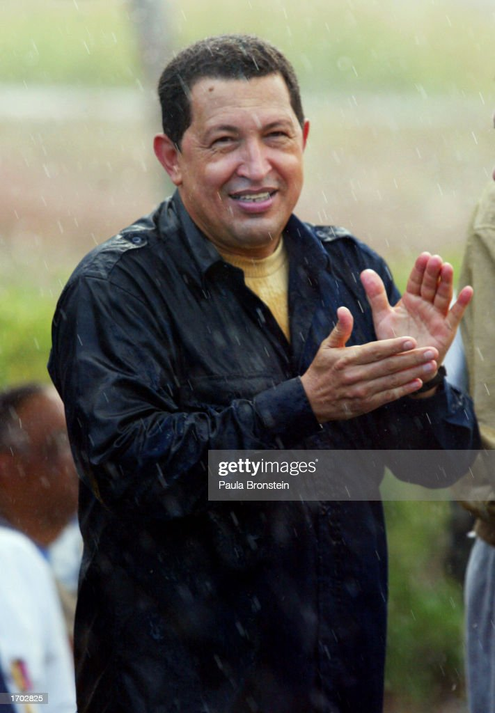 Chavez Rewards Oil Tanker Recovery Workers : News Photo