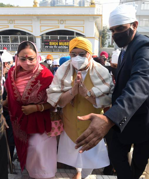 IND: BJP National President JP Nadda Visits Sri Bangla Sahib Gurudwara On The Occasion Of Gurpurab