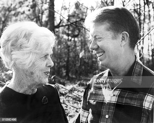President Jimmy Carter poses with his mother Lillian Georgia 1976
