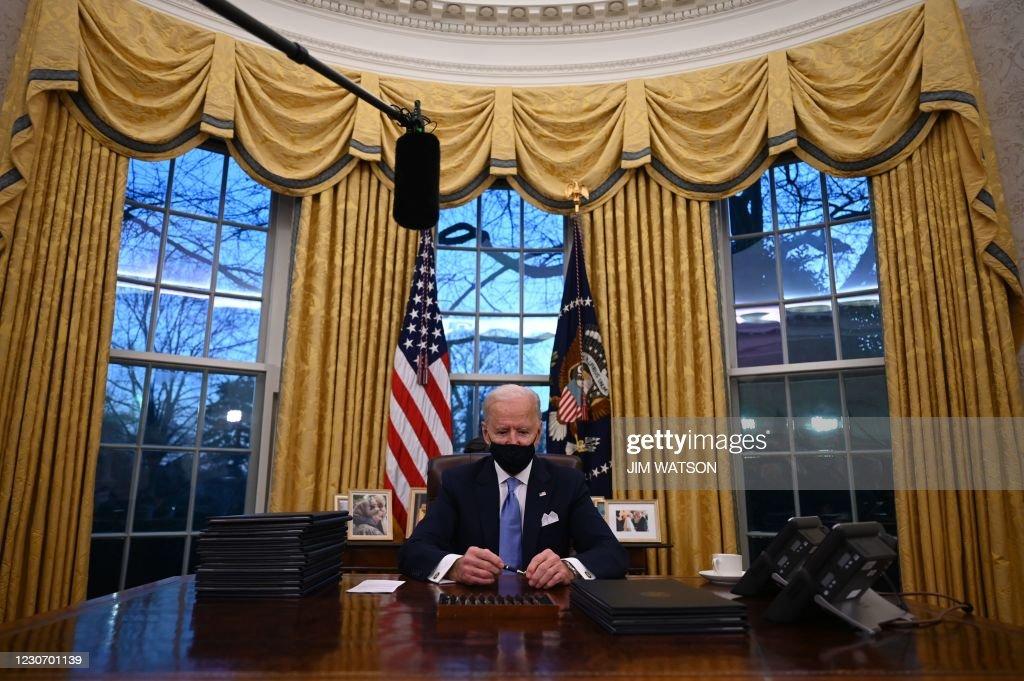 TOPSHOT-US-POLITICS-INAUGURATION : News Photo
