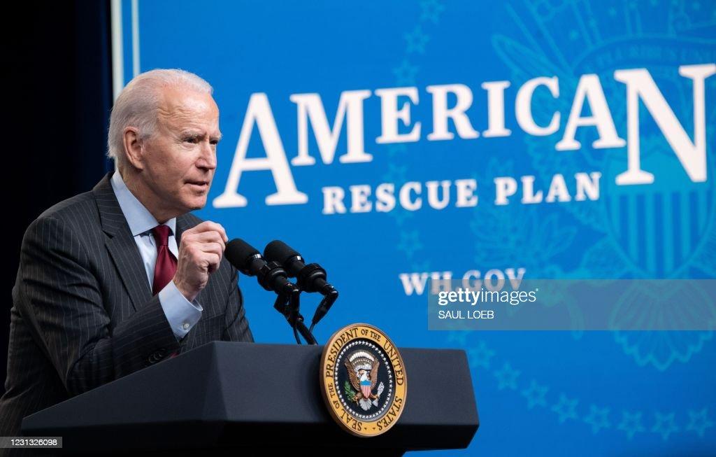 US-ECONOMY-BUSINESS-POLITICS : News Photo