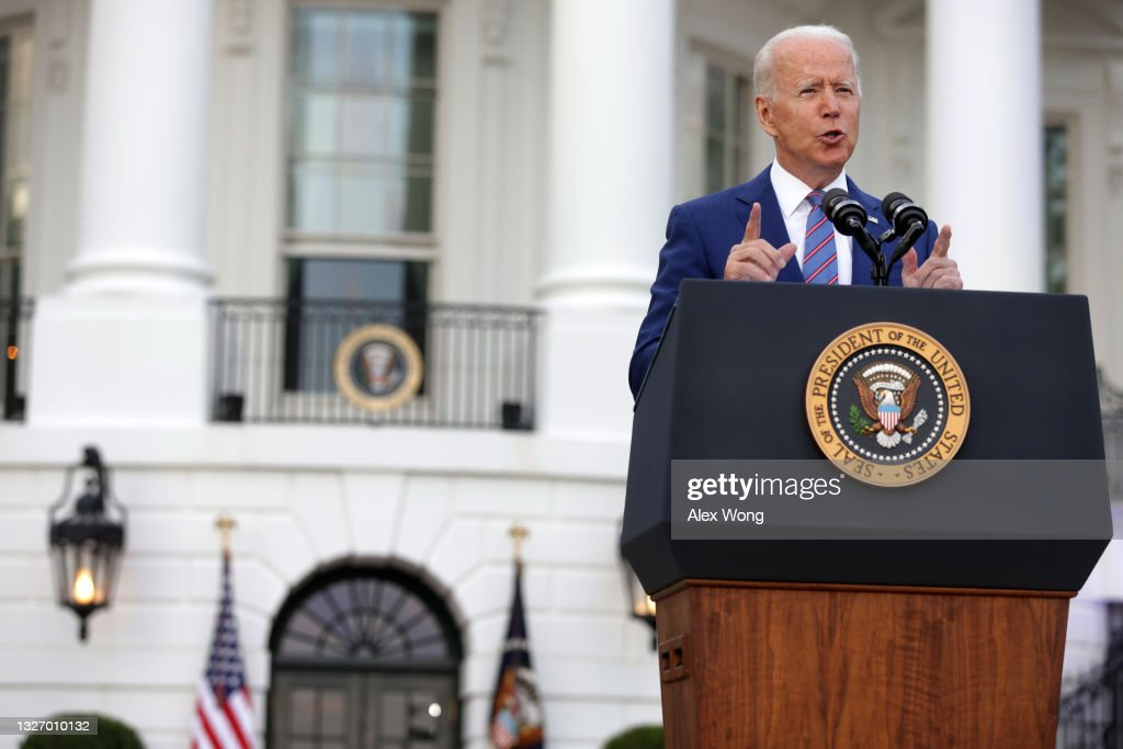President Biden Celebrates Independence Day With BBQ And Fireworks : News Photo