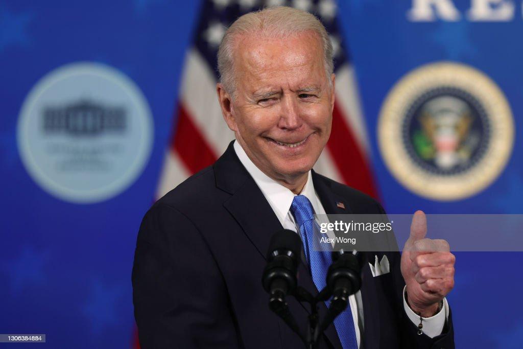 President Biden Hosts Event With Johnson & Johnson And Merck CEOs : News Photo