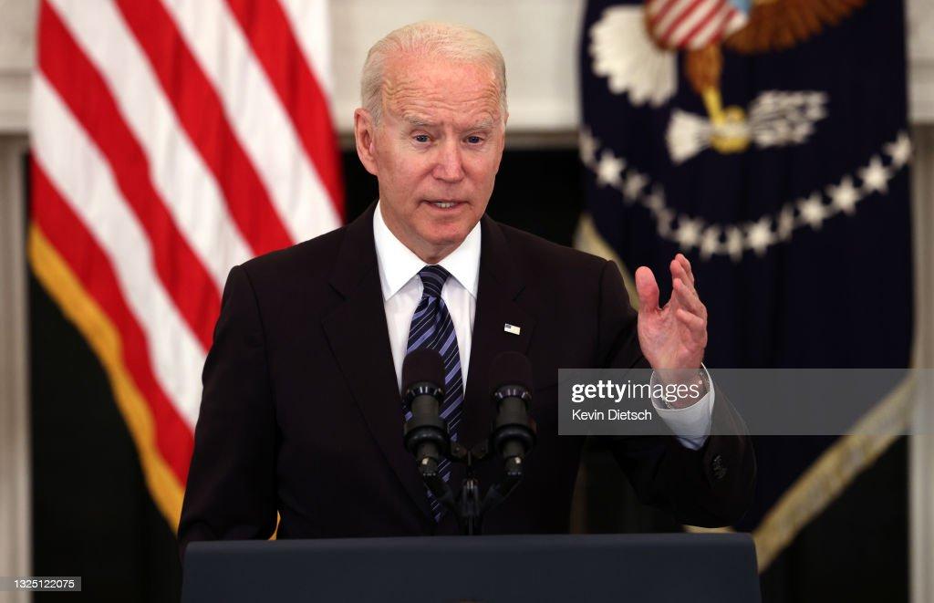 President Biden And Attorney General Garland Deliver Remarks On Gun Crime Prevention : News Photo