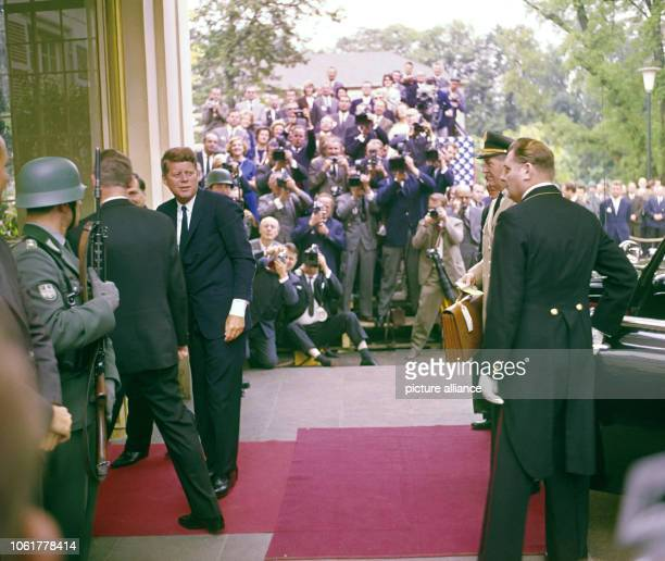 US President John F Kennedy enters Palais Schaumburg in Bonn during his visit in Germany in June 1963