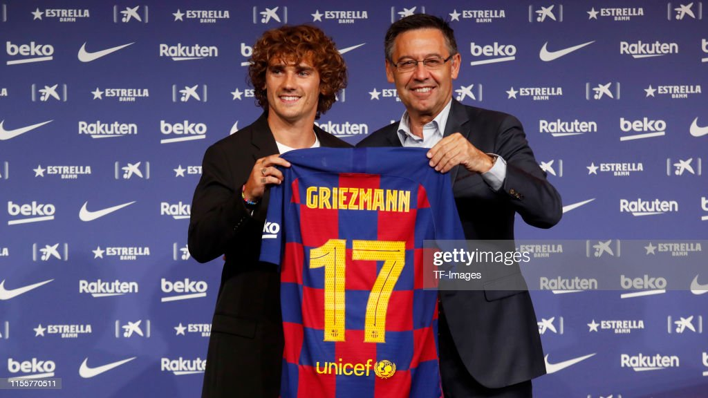 FC Barcelona Unveil New Player Antoine Griezmann : News Photo