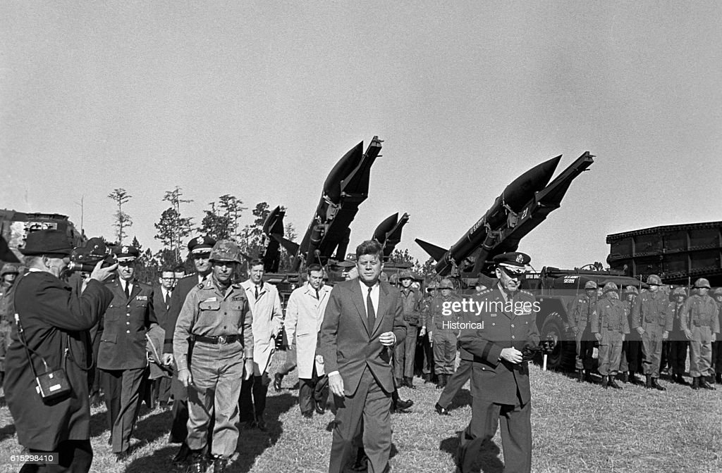 Kennedy and Military Leaders in 1962 : News Photo
