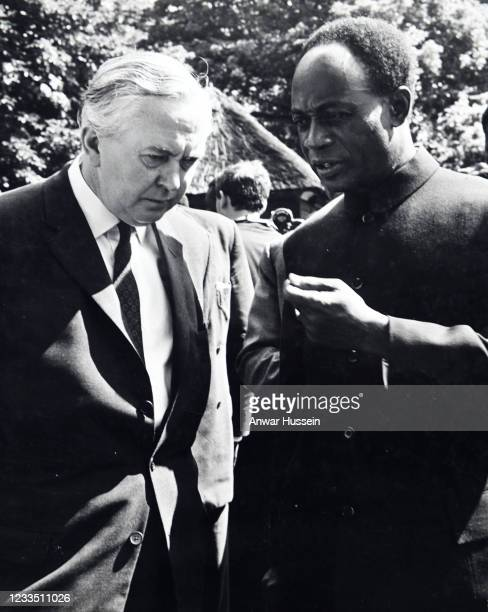 President Kenneth Kaunda of Zambia chats with British Prime Minister Harold Wilson in the garden of 10 Downing Street in June 1965 in London,...