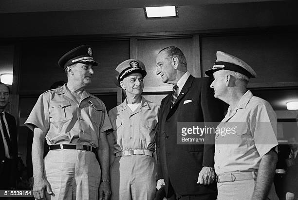 President Lyndon B Johnson arrives at Camp HM Smith for a scheduled working session with ranking Admirals and Generals in the Pacific Arriving with...