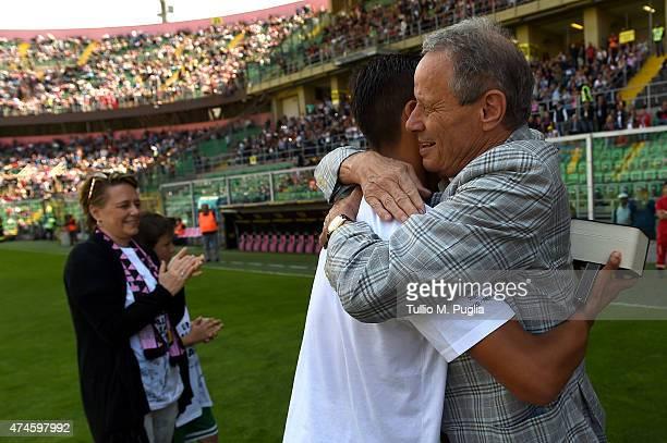 President Maurizio Zamparini hugs Paulo Dybala of Palermo before the Serie A match between US Citta di Palermo and ACF Fiorentina at Stadio Renzo...