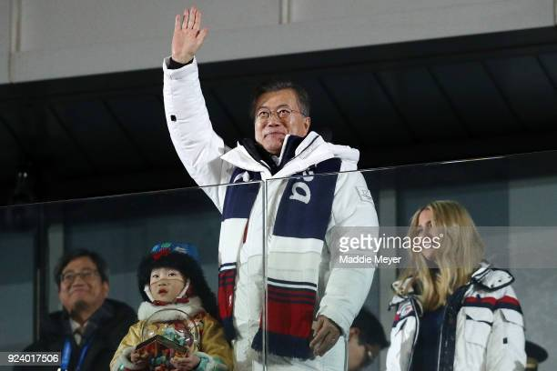 President Moon Jaein of South Korea waves as Ivanka Trump looks on during the Closing Ceremony of the PyeongChang 2018 Winter Olympic Games at...