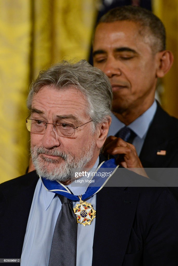 President Obama presents Robert DeNiro with the 2016 Presidential Medal Of Freedom at the White House on November 22, 2016 in Washington, DC.