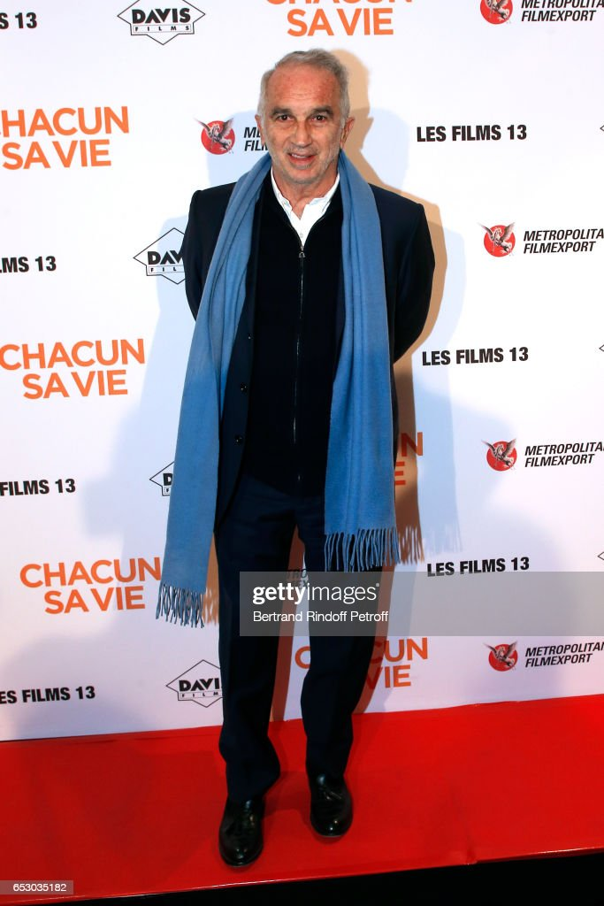 President of Academy des Cesars Alain Terzian attends the 'Chacun sa vie' Paris Premiere at Cinema UGC Normandie on March 13, 2017 in Paris, France.