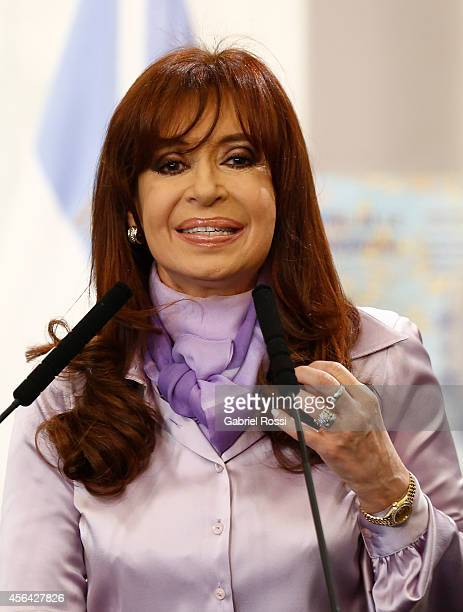 President of Argentina Cristina Fernandez de Kirchner speaks during a press conference at the Presidential Palace on September 30 2014 in Buenos...