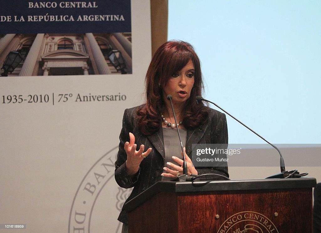 Cristina Fernandez Kirchner Attends Seminar at Central Bank of Argentina : News Photo