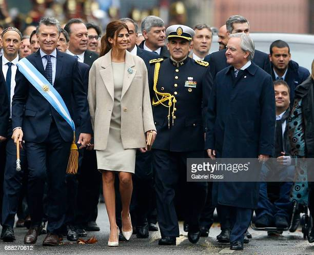 President of Argentina Mauricio Macri and his wife Juliana Awada walk with President of Senate Federico Pinedo and members of the National Cabinet...