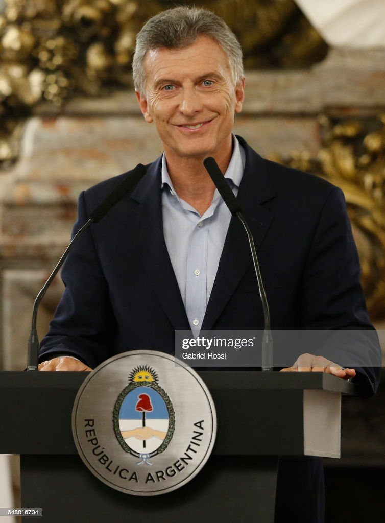 Mauricio Macri Launches Bidding for Commercial Air Transport : ニュース写真