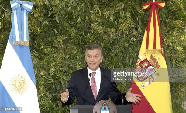 President of Argentina Mauricio Macri speaks during a State Dinner at the CCK as part of day one of the official visit of the Spanish Royals on March...