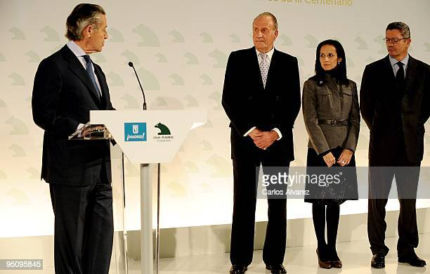 President of Banco Caja Madrid Miguel Blesa King Juan Carlos of Spain Spanish Housing Minister Beatriz Corredor and Madrid Mayor Alberto Ruiz...