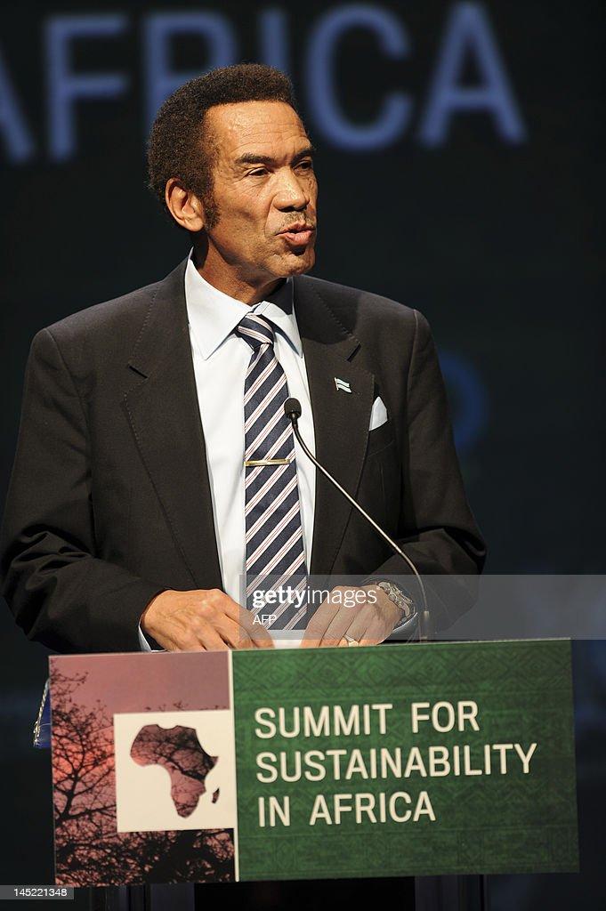 President of Botswana Ian Khama delivers : News Photo