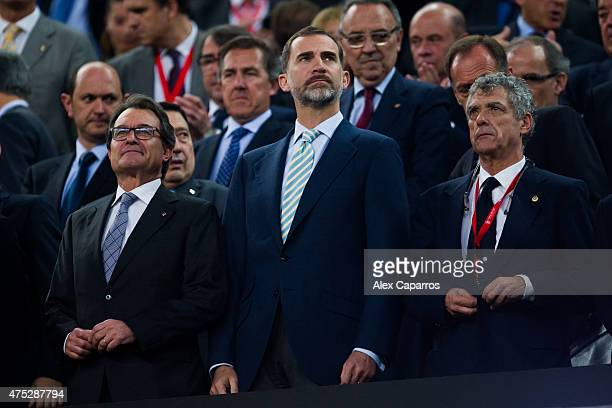 President of Catalan Government Artur Mas King Felipe VI of Spain and President of the Spanish Football Federation Angel Maria Villar look on as the...