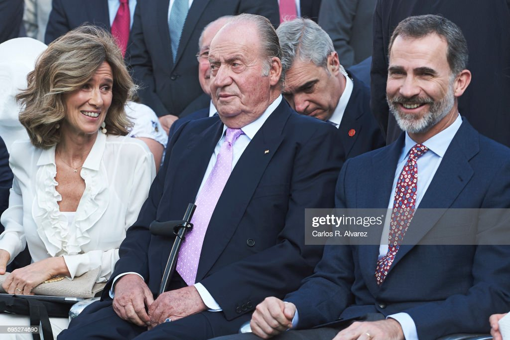 President of COTEC Foundation Cristina Garmendia (L) King Juan Carlos (C) and King Felipe VI of Spain (R) attend COTECT event at the Vicente Calderon Stadium on June 12, 2017 in Madrid, Spain.