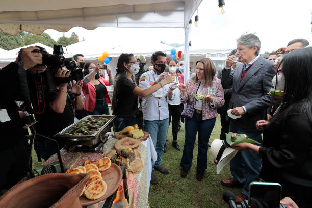 ECU: Ecuador's 'Sweet & Salt' Fair