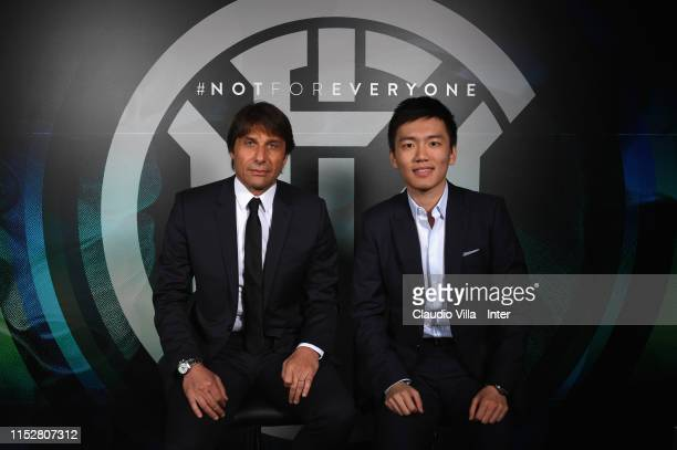 President of FC Internazionale Steven Zhang poses with new head coach Antonio Conte New Head at Appiano Gentile on May 31 2019 in Como Italy