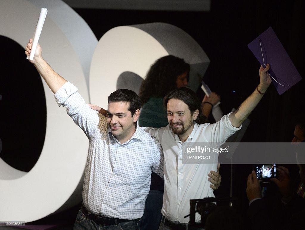 SPAIN-PODEMOS-PARTIES-VOTE : News Photo