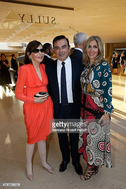 President of Institut National de la Joaillerie Judith Price CEO of Renault Carlos Ghosn and his wife Carole attend the Dinner for the Fine Art Of...