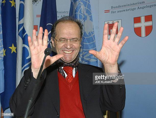 President of Kosovo Ibrahim Rugova reacts to a journalist''s question during a press conference in Vienna 14 October 2003 The UN sponsored meeting in...