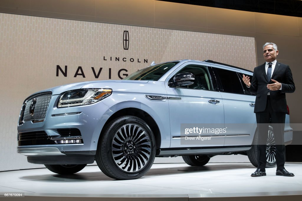New York International Auto Show Photos And Images Getty Images - Nyc car show tickets