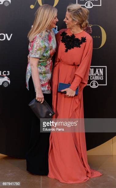 President of Madrid Cristina Cifuentes and Alejandra Silva attend the 'Yo Donna International Awards' photocall at Duques de Pastrana palace on June...