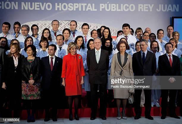 President of Madrid Esperanza Aguirre King Juan Carlos and Queen Sofia of Spain and Madrid's Mayor Alberto Ruiz Gallardon attend the 'Rey Juan...