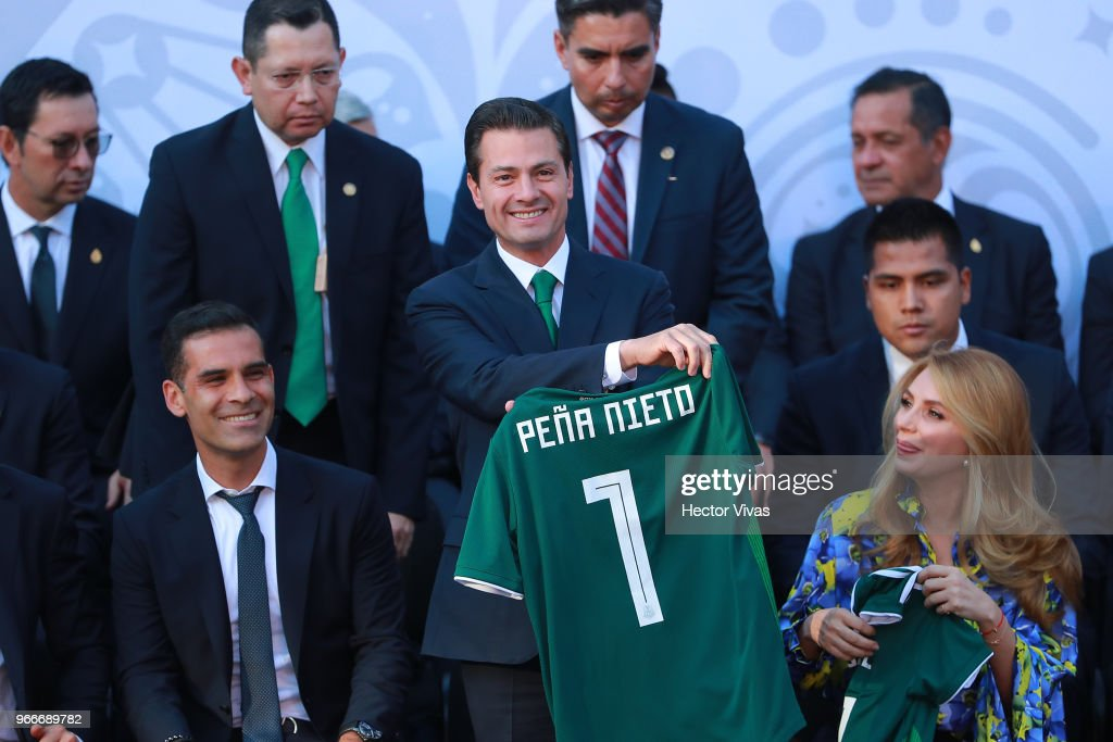 Enrique Pena Nieto Farewells Mexico National Team Ahead of the 2018 FIFA World Cup Russia : News Photo