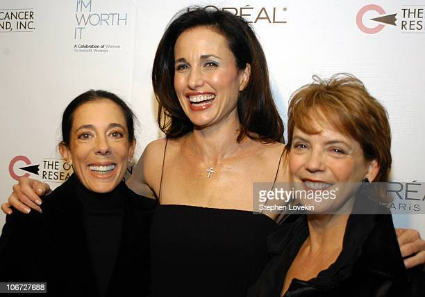 President of OCRF Faith Kates Kogan Andie MacDowell and L'Oreal President and General Manager Carol J Hamilton