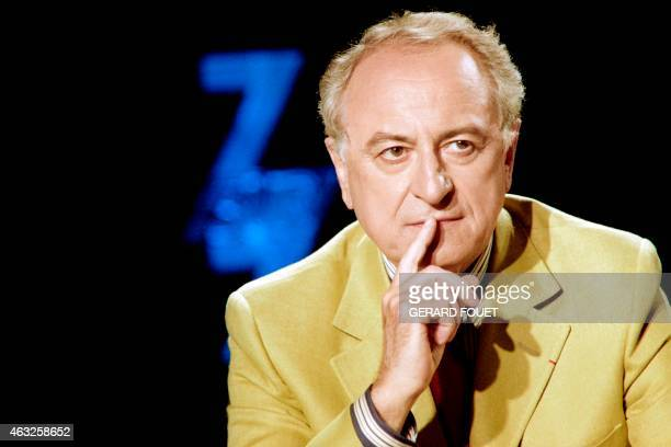 President of Opera Bastille Pierre Berge takes part on July 9 1989 in the TV show '7/7' on channel TF1 in Paris AFP PHOTO GERARD FOUET / AFP PHOTO /...