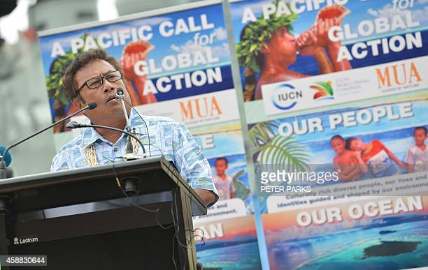 President of Palua Tommy Remengesau speaks at an arrival ceremony of boats from the pacific islands in Sydney on November 12 2014 Traditional Pacific...